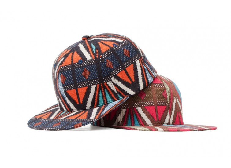 LESS - SLIDE LOGO BASEBALL CAP