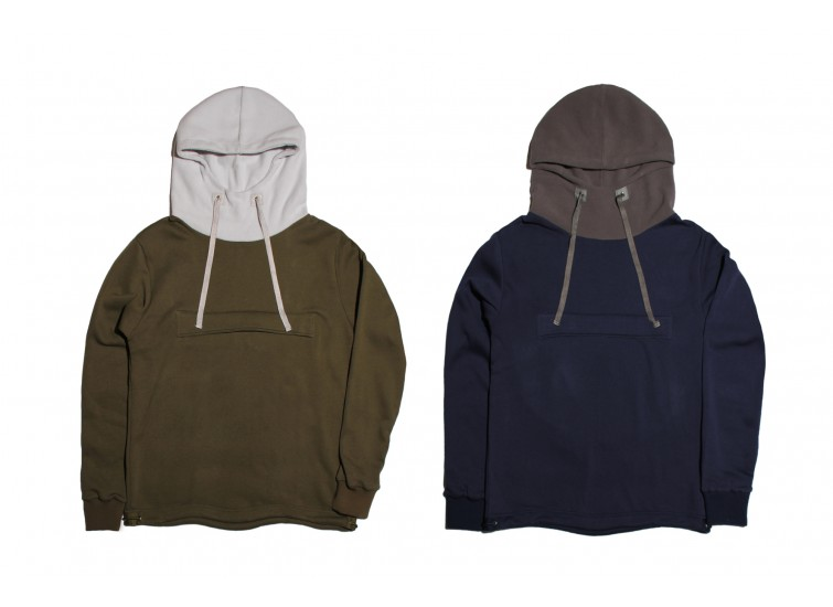 LESS - BIG POCKET HOODIE