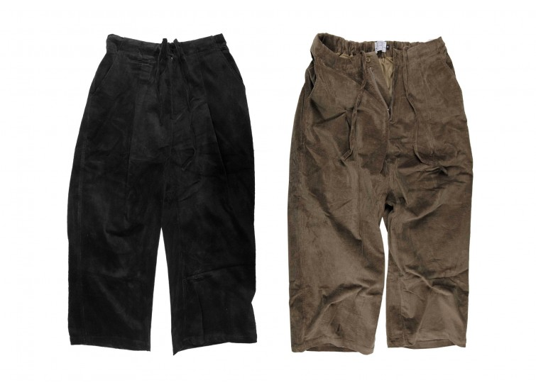 LESS - Corduroy One Tuck Baggy Trousers