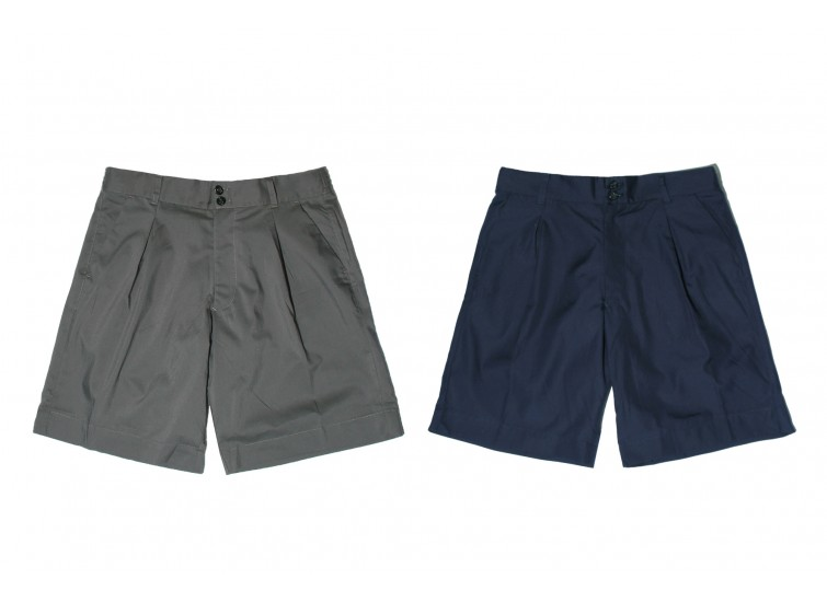 LESS - ONE TUCK SHORT